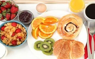 Полезный завтрак обязателен при правильном питании