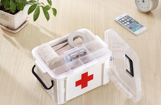 первая помощь аптечка